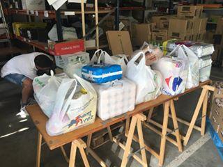 Donación de la Escuela Infantil Trastes de Paracuellos a AAQUA en la Campaña de verano 2017