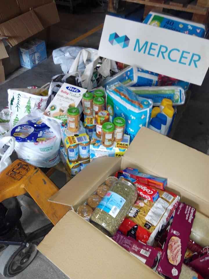 MERCER dona alimentos a Aaqua