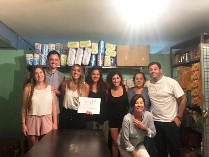 Dentsu Aegis network entrega alimentos a AAQUA en campaña de verano 2018